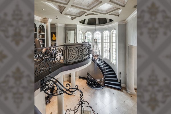 Real Venetian Plaster Transforms $5 Million Home