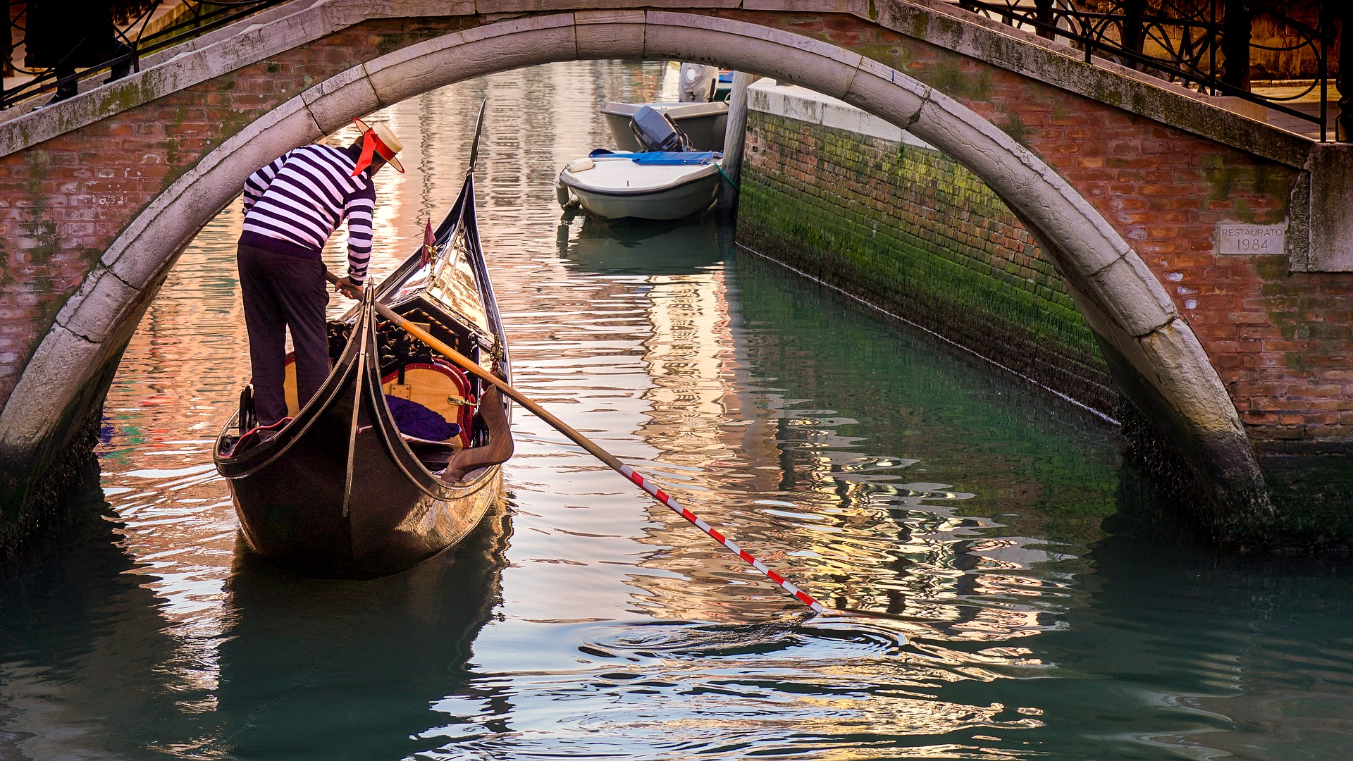 Goncolier in Venice, Italy